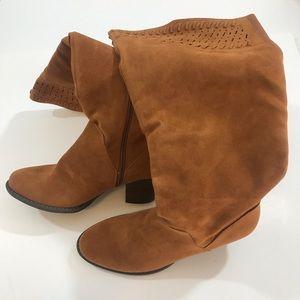 Women's long boots NWOT size 8 1/2